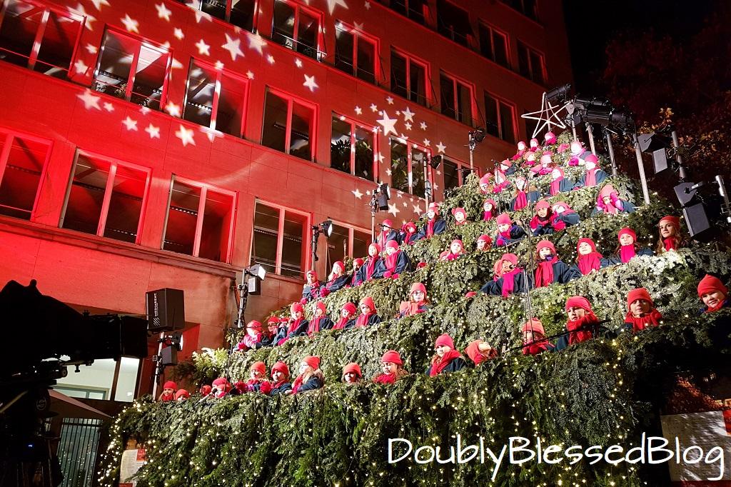 The Singing Christmas Tree - Weihnachten mit Kindern in Zürich