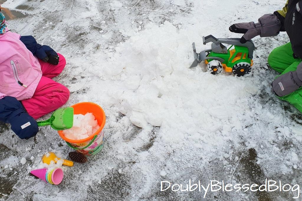 Die coolsten Kinderspiele im Schnee